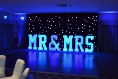 Mr_Mrs_led_4FT