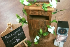 Rustic-post-box-wedding-love-sign-signage-chalk-board