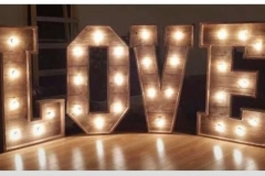 rustic-style-4FT-wooden-love-letters-warm-lighting