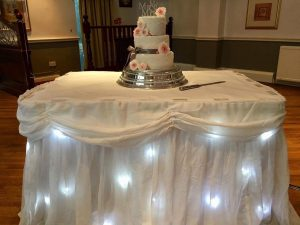 cake_twinkling_table_skirt_wedding_breakfast