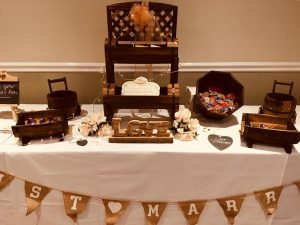 rustic-candy-sweet-table