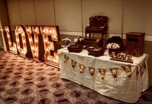 rustic-sweets-4Ft-LOVE-letters