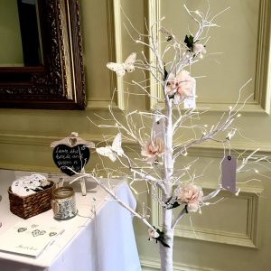 wish-tree-memory-tags-signs-guest-book-twinkling-led-tree