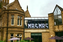 4Ft_letters_mr_&_mrs_hotel_weddings_venue_dressing_engaged