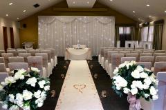 aisle-deocr-carpet-runner-lanterns-petals