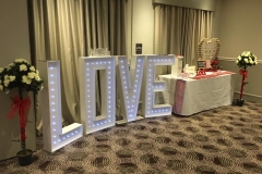 love-4ft-letters-twinkling-ceremony