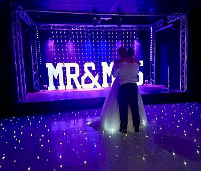 Mr -and-mrs-4ft-letters-lighting-venue-lighting-modd-lights-uplighting.JPG
