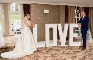 Twinkling_LED_Love_letters_4FT_backdrop